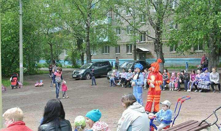 den-dvora-tvetskaya