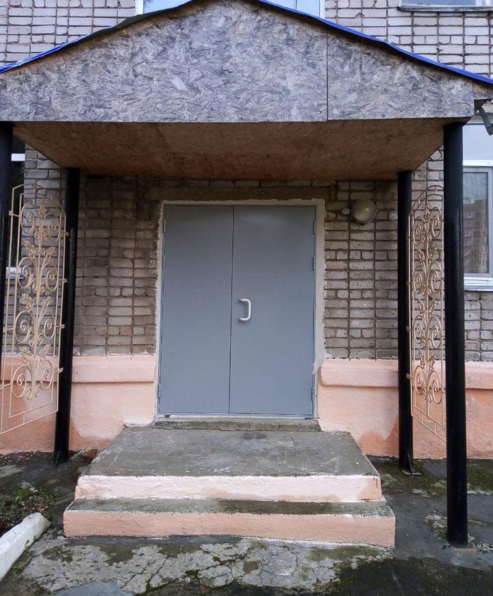 zamena-dverei720